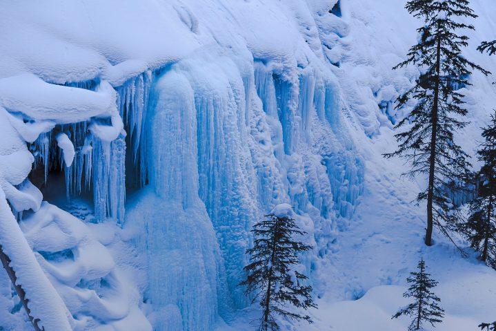 frozen waterfall winter hiking