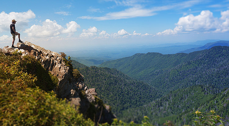 Smoky Mountains Day Hike Tours
