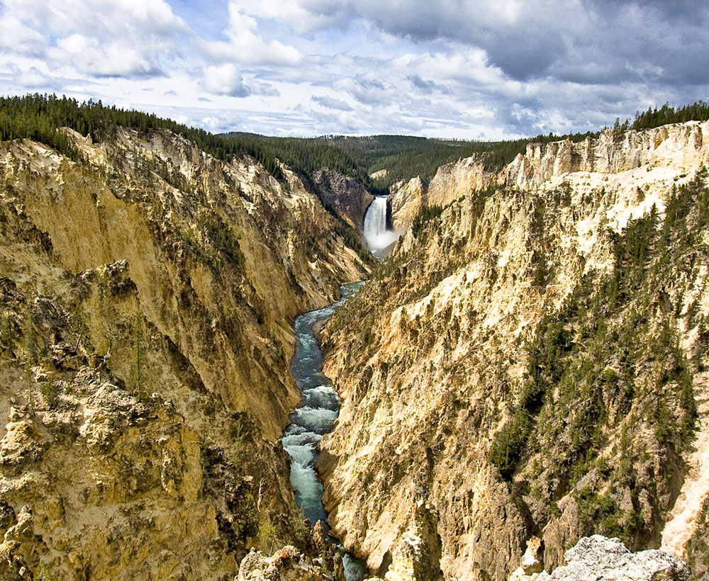 Yellowstone Day Hike Tours