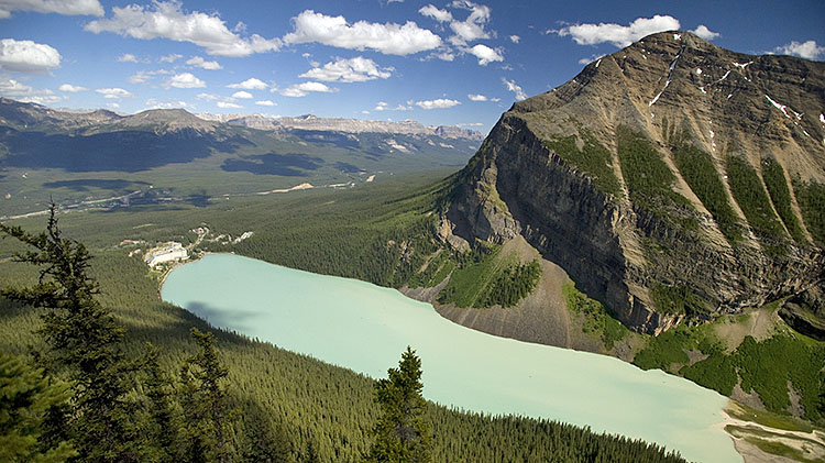 Lake Louise Inn-based Hiking Tour